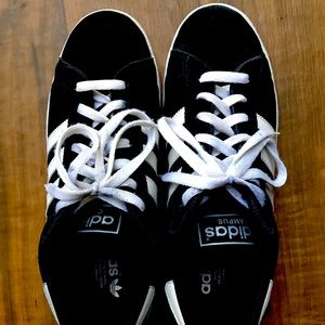 Adidas Campus, black in size 9 for man